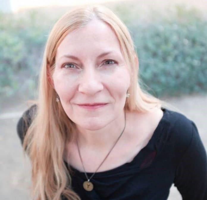 Marie Javins